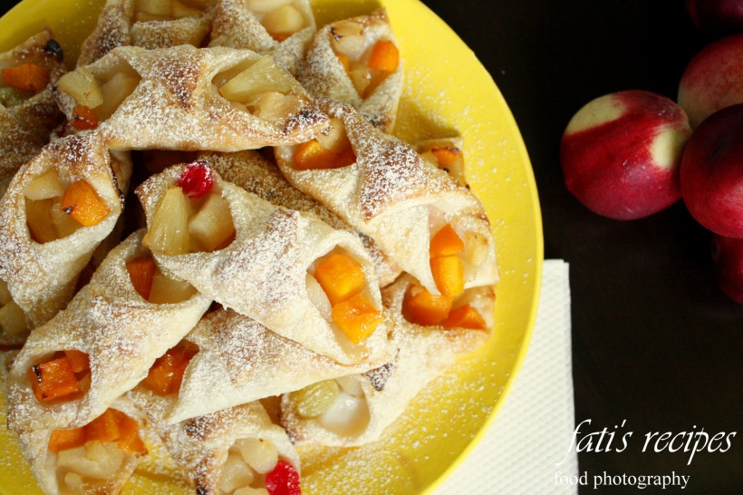 fanciful fruit pies - click to enlarge