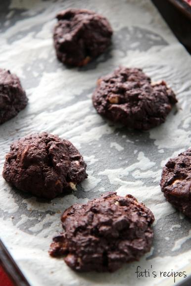 double choc gluten free cookies